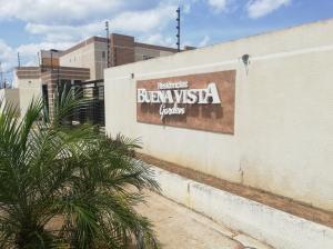 Townhouse En Ventaen Cabimas, Buena Vista, Venezuela, VE RAH: 20-9707
