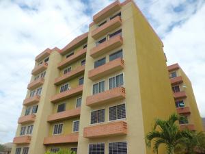 Apartamento En Ventaen Municipio San Diego, Monteserino, Venezuela, VE RAH: 20-9784