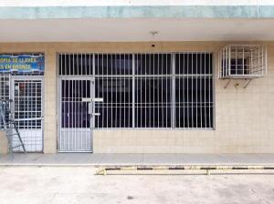 Local Comercial En Alquileren Ciudad Ojeda, Calle Merida, Venezuela, VE RAH: 20-9783