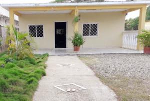 Casa En Ventaen La Vela De Coro, Intercomunal Coro La Vela, Venezuela, VE RAH: 20-9782