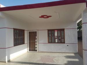 Casa En Ventaen Maracaibo, Zona Industrial Sur, Venezuela, VE RAH: 20-9811