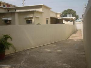 Casa En Ventaen Maracaibo, Santa Maria, Venezuela, VE RAH: 20-9821