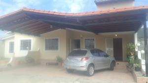 Casa En Ventaen Yaritagua, Municipio Peña, Venezuela, VE RAH: 20-9851
