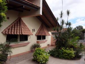 Casa En Ventaen Turmero, Parque Residencial Don Juan, Venezuela, VE RAH: 20-9921