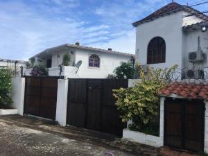 Casa En Ventaen Margarita, Playa Parguito, Venezuela, VE RAH: 20-9944