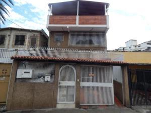Casa En Ventaen Caracas, Los Rosales, Venezuela, VE RAH: 20-10125