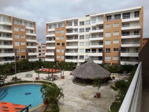 Apartamento En Ventaen Higuerote, Agua Sal, Venezuela, VE RAH: 20-9934