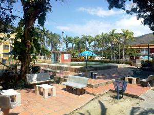 Apartamento En Ventaen Municipio Costa De Oro, Bahia De Cata, Venezuela, VE RAH: 20-9927