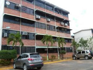 Apartamento En Ventaen Guarenas, Ciudad Casarapa, Venezuela, VE RAH: 20-9955