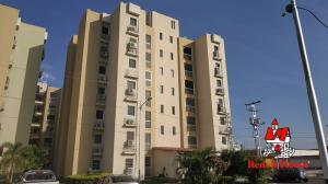 Apartamento En Alquileren La Morita, Villas Geicas, Venezuela, VE RAH: 20-9973