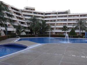 Apartamento En Ventaen Rio Chico, Los Canales De Rio Chico, Venezuela, VE RAH: 20-10028