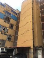 Apartamento En Ventaen Caracas, Colinas De Bello Monte, Venezuela, VE RAH: 20-10041