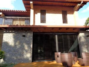 Casa En Ventaen Caracas, Santa Paula, Venezuela, VE RAH: 20-10139