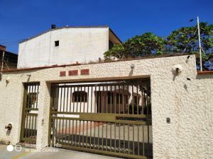 Apartamento En Ventaen Higuerote, Agua Sal, Venezuela, VE RAH: 20-10136