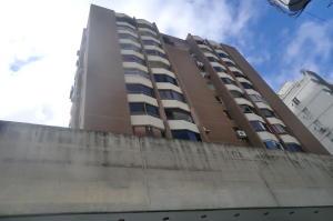 Apartamento En Ventaen Caracas, Los Palos Grandes, Venezuela, VE RAH: 20-10178