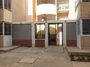 Apartamento En Ventaen Punto Fijo, Las Virtudes, Venezuela, VE RAH: 20-10218