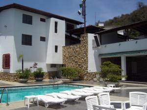 Casa En Ventaen Caracas, Colinas De Santa Monica, Venezuela, VE RAH: 20-10234