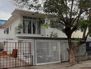 Casa En Ventaen Caracas, La California Sur, Venezuela, VE RAH: 20-10259