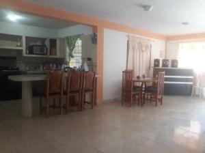 Casa En Ventaen Punto Fijo, Caja De Agua, Venezuela, VE RAH: 20-10252