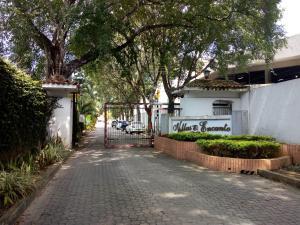 Townhouse En Ventaen Municipio Naguanagua, Manongo, Venezuela, VE RAH: 20-10294