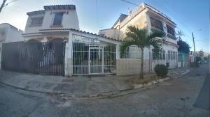 Casa En Ventaen Municipio San Diego, La Esmeralda, Venezuela, VE RAH: 20-10338