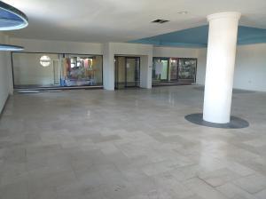 Local Comercial En Alquileren Coro, Centro, Venezuela, VE RAH: 20-292