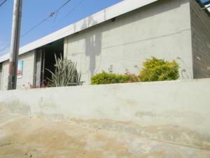 Galpon - Deposito En Ventaen Punto Fijo, Puerta Maraven, Venezuela, VE RAH: 20-10347