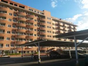 Apartamento En Ventaen Guatire, Vega Arriba, Venezuela, VE RAH: 20-10350