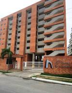 Apartamento En Ventaen Higuerote, Puerto Encantado, Venezuela, VE RAH: 20-10357