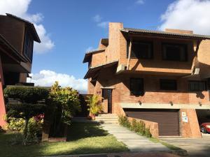 Casa En Ventaen Caracas, Alto Hatillo, Venezuela, VE RAH: 20-10498