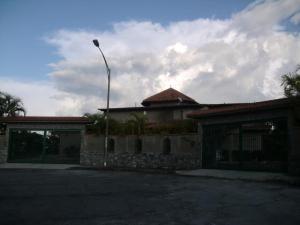 Casa En Ventaen Caracas, Santa Paula, Venezuela, VE RAH: 20-10391