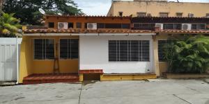 Casa En Ventaen Valencia, Sabana Larga, Venezuela, VE RAH: 20-10409