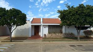 Casa En Alquileren Maracaibo, Fuerzas Armadas, Venezuela, VE RAH: 20-10432