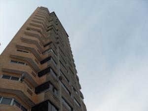 Apartamento En Ventaen Valencia, La Trigaleña, Venezuela, VE RAH: 20-10441