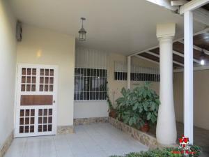 Casa En Ventaen Maracay, San Jacinto, Venezuela, VE RAH: 20-10515