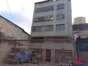 Apartamento En Ventaen Caracas, Parroquia Santa Teresa, Venezuela, VE RAH: 20-10568