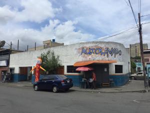 Local Comercial En Ventaen Caracas, Artigas, Venezuela, VE RAH: 20-10541