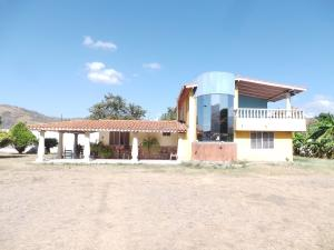 Casa En Ventaen Turmero, Valle De Paya, Venezuela, VE RAH: 20-10584