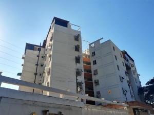 Apartamento En Ventaen Maracay, Base Aragua, Venezuela, VE RAH: 20-10640