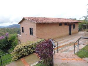 Casa En Ventaen Caracas, Bosques De La Lagunita, Venezuela, VE RAH: 20-10638