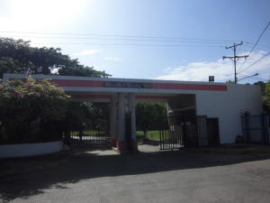 Casa En Ventaen Charallave, Charallave Country, Venezuela, VE RAH: 20-10657