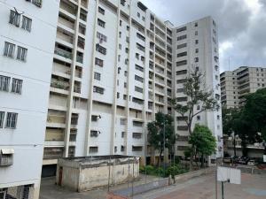 Apartamento En Ventaen Caracas, El Valle, Venezuela, VE RAH: 20-10717