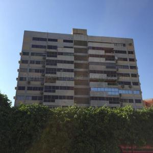 Apartamento En Alquileren Maracaibo, Santa Lucía, Venezuela, VE RAH: 20-10707