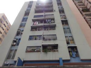 Apartamento En Ventaen Caracas, Parroquia La Candelaria, Venezuela, VE RAH: 20-10713