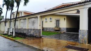 Casa En Ventaen La Victoria, El Recreo, Venezuela, VE RAH: 20-10725