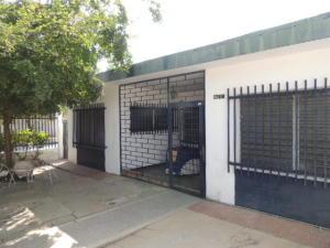 Casa En Ventaen Maracaibo, La Trinidad, Venezuela, VE RAH: 20-10744