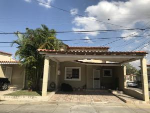 Casa En Ventaen Cabudare, Camino De La Mendera, Venezuela, VE RAH: 20-10748