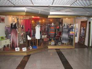 Local Comercial En Alquileren Caracas, El Cafetal, Venezuela, VE RAH: 20-10778