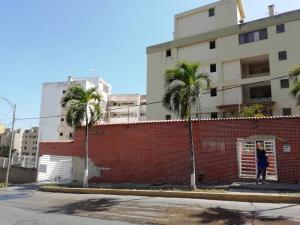 Apartamento En Ventaen Parroquia Caraballeda, Caribe, Venezuela, VE RAH: 20-10884