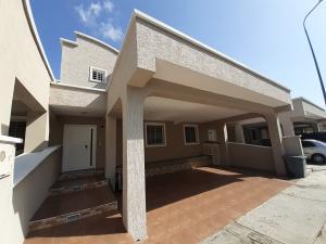 Casa En Ventaen Barquisimeto, Ciudad Roca, Venezuela, VE RAH: 20-10844